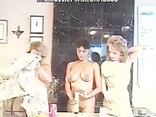 lesbo party with deep dildo fuck